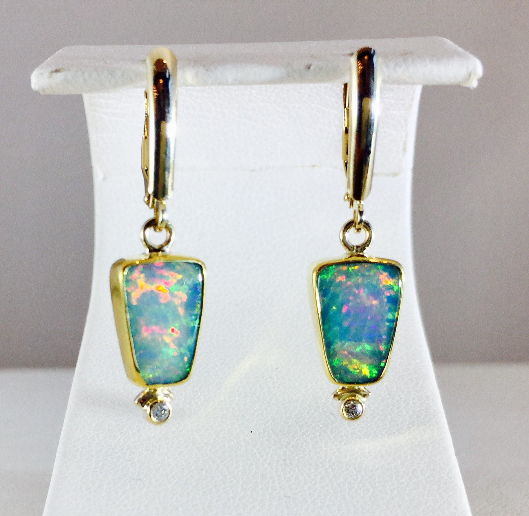 Opal earrings - diamond - 14k gold
