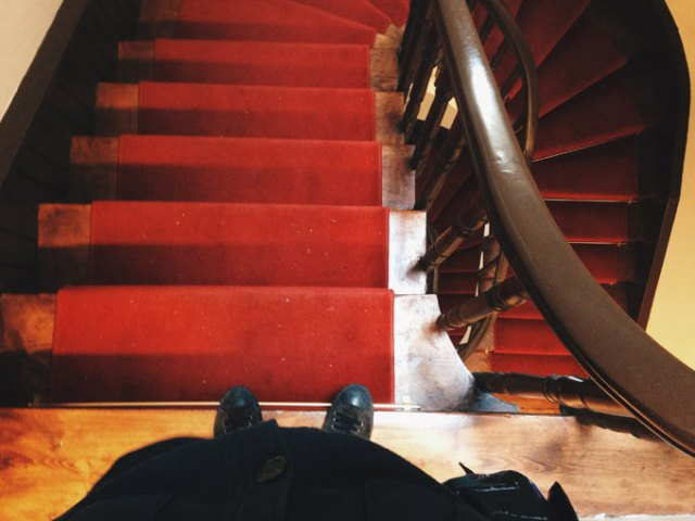 ataturk-muzesi-merdivenler