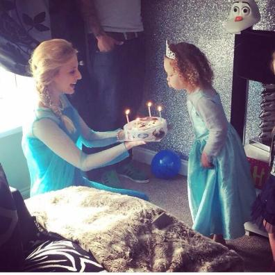 Childrens Entertainers Frozen Princess Parties