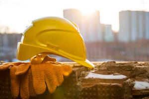 roofing-construction-hard-hat-istock-600-web