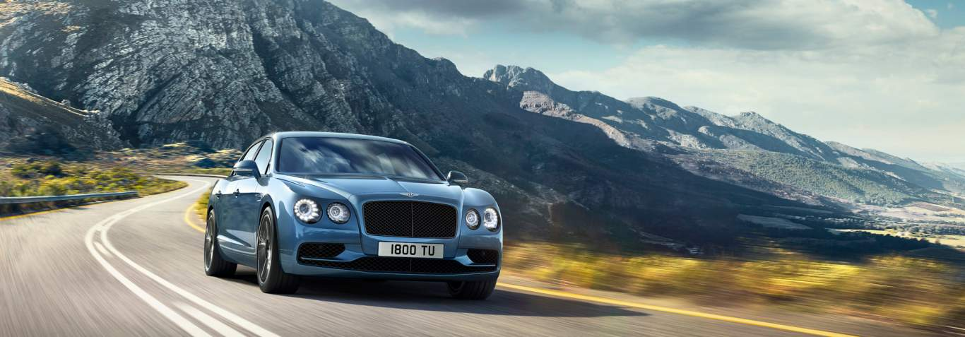s drive wiring diagram 3d horse skeleton flying spur features bentley motors blue w12 driving on a country road