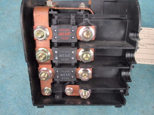 small resolution of bentley continental flying spur gtc gt main battery fuse terminal box