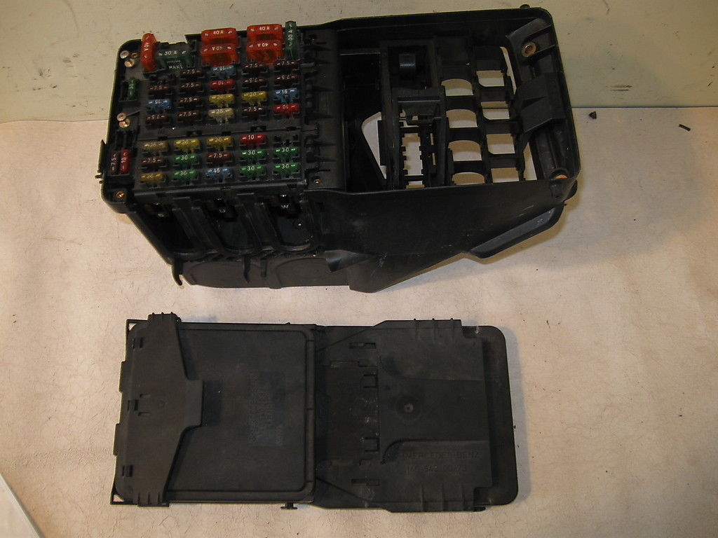 hight resolution of fuse box w140 mercedes 300sd
