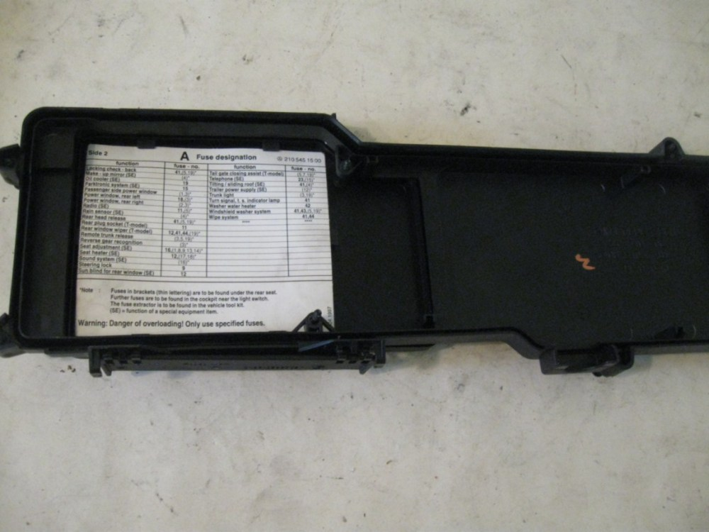 medium resolution of fuse box cover mb p n 2105400682 mercedes w210