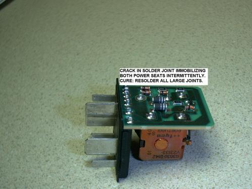 small resolution of click image for larger version name pwrseatrelay4 jpg views 6245 size 207 9