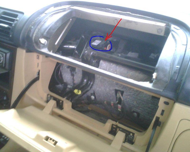 1994 Mercury Grand Marquis Fuse Box Clicking Noise Under Dash Ml430 999 Mercedes Benz Forum