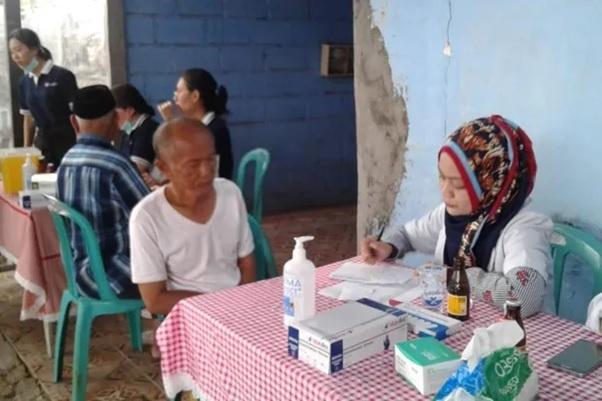 Kegiatan Pengobatan Gratis di Desa Mekarsari – Berdesa