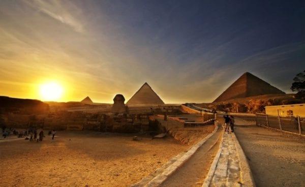 "В пирамиде Хеопса ищут гигантский ""космический трон"""