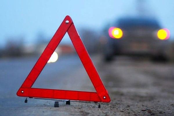 Чисто Бердичевское ДТП: гражданин Молдовы на японском «Nissan» врезался в…. китайский трактор