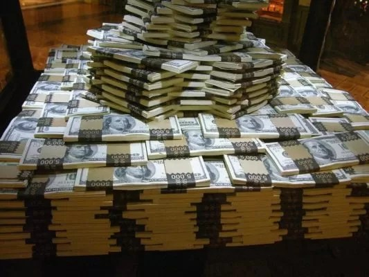 Дефицит госбюджета США в августе составил $214 млрд