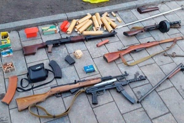 Идет пятый год войны: из воинской части Житомирской области спокойно похитили пистолеты и автоматы