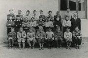 Elever ved Solheim skole. Ukjent  dato og fotograf. Fra arkivet etter skolen. Bergen Byarkiv.