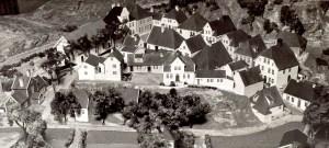 Modell av Gamle Bergen. En rekonstruert by med omlag 50 historiske hus.. Fotograf: Ukjent. Arkivet etter Morgenavisen A/S, Bergen Byarkiv.