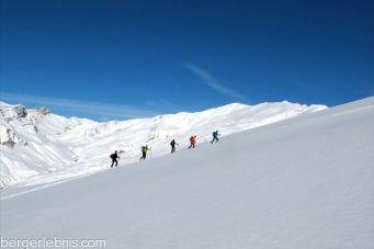 Skiaufstieg in der Valle Maira