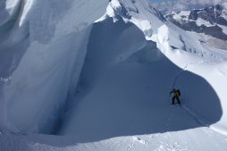 Hochtour Dufourspitze / Eisbrüche und Spalten