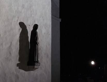 Mourning Statue