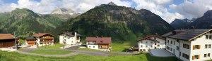 Panorama der Bergbühne Spitzenegg - im Herzen der Lecher Wanderwelt | Bergland Appartement