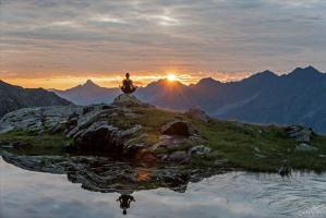 Yoga Wochenende auf der Ravensburger Hütte Sommer 2016 | Lechquellen Gebirge | Spuller See | Lech Zürs Arlberg | Bergland Appartement