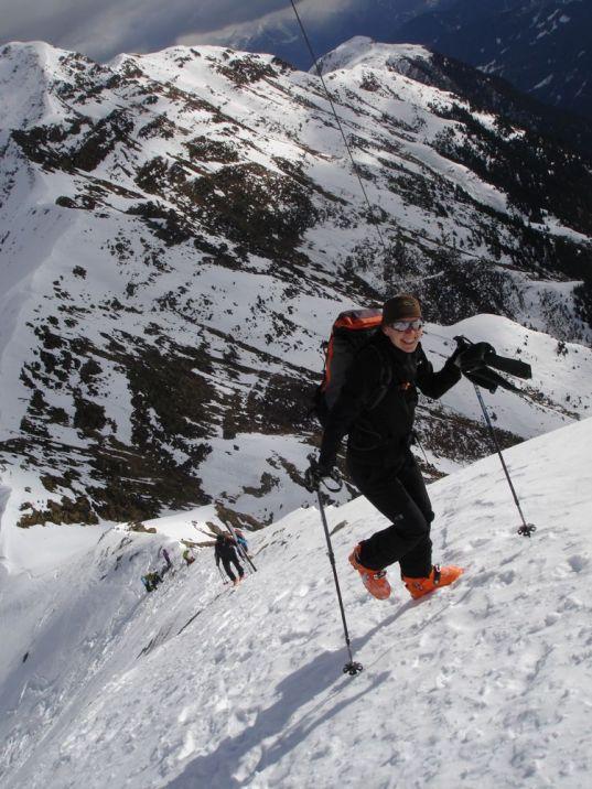 01 Ohne Ski zum Gipfelkreuz