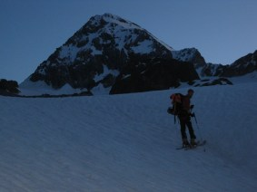Morgens um 5.00 Uhr Richtung Königsspitze