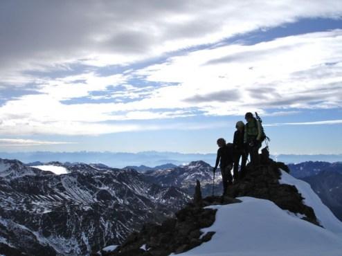 Auf dem Gipfelkamm