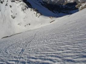 Steinharter Schnee nach der Edelrauthütte