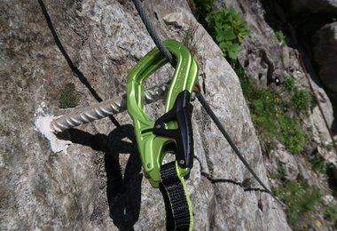 Karabíny Cable Comfort 5.0 v detaile.