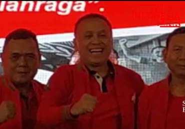 IWAN BULE gandeng Mayjen TNI Cucu Sumantri utk maju sebagai Ketum dan Waketum PSSI,