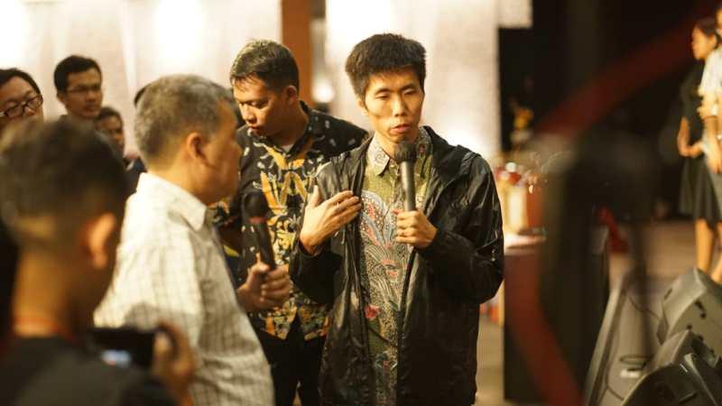 Pak Wong dari Hong Kong bersaksi