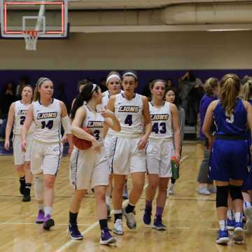 Women's basketball to face Babson in quarterfinals