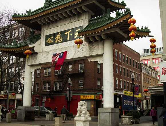 Community Impact: Students distant from neighbors in Chinatown