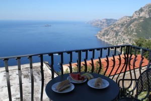 Amalfi - Breakfast in Nocelle