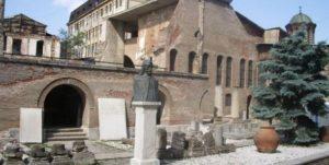 bucharest-ruins-dracula-i