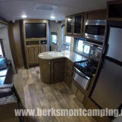 Fifth Wheel Campers With Bunkhouse And Outdoor Kitchen Trailer 2017 Wildwood 30kqbss - Berks Mont Camping Center, Inc.