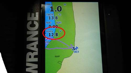 small resolution of how to show battery voltage on your lowrance fish finder
