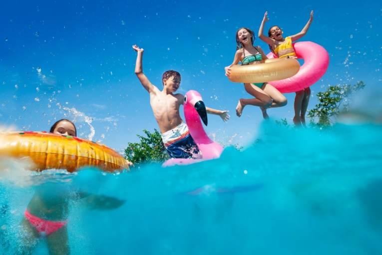 Bild Schwimmring Schwimmbad