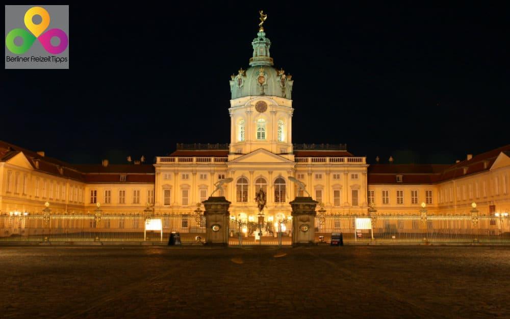Bild Schloss Charlottenburg Sehenswürdigkeiten in Berlin