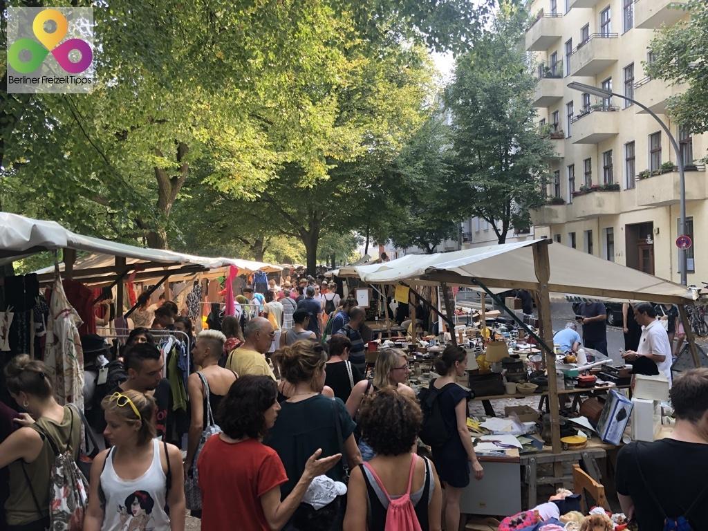 Troedelmarkt Nowkoelln-Flowmarkt Flohmarkt Maybachufer