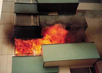 Feuer  Richtig reagieren wenn es brennt  Berliner Mieterverein eV