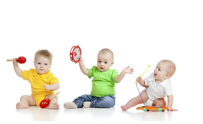 """Lasst Kinder einfach Kinder sein: Foto von """"Leben & erziehen"""" aus dem Beitrag """"Die Spielgruppe macht auch Eltern Spaß!"""""""