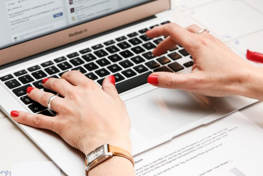 Virtuelle Belanglosigkeiten sind mein Hobby: Ich bin Bloggerin!
