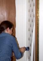 Tapete und Farbe im Kleiderschrank