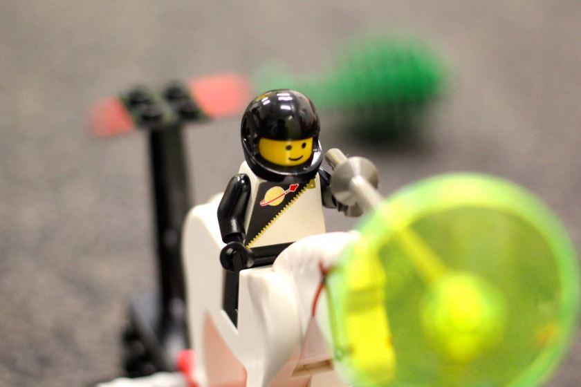 Der LEGO Held von Kind 1.0:  Eine Superwaffe versteht sich von selbst.