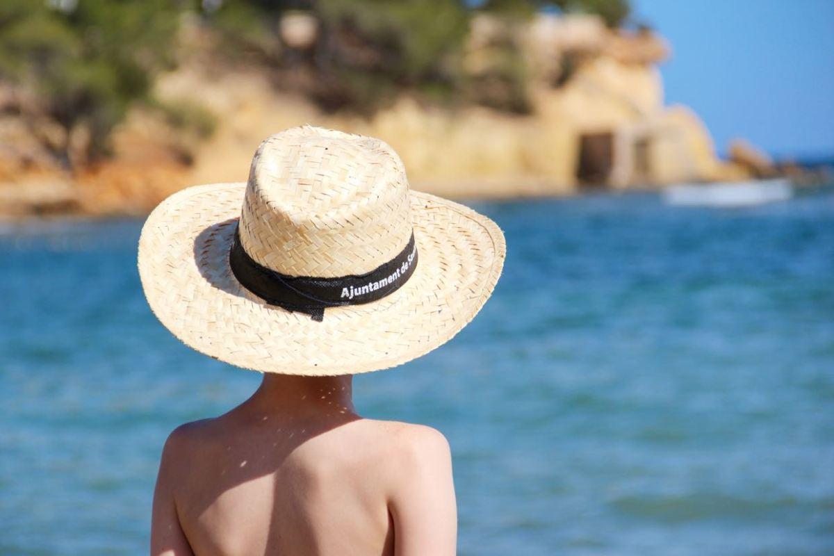 Ibiza Strandtipp: Es Niu Blau. Eine wunderbare Bucht, nicht nur für Familien. www.berlinfreckles.de