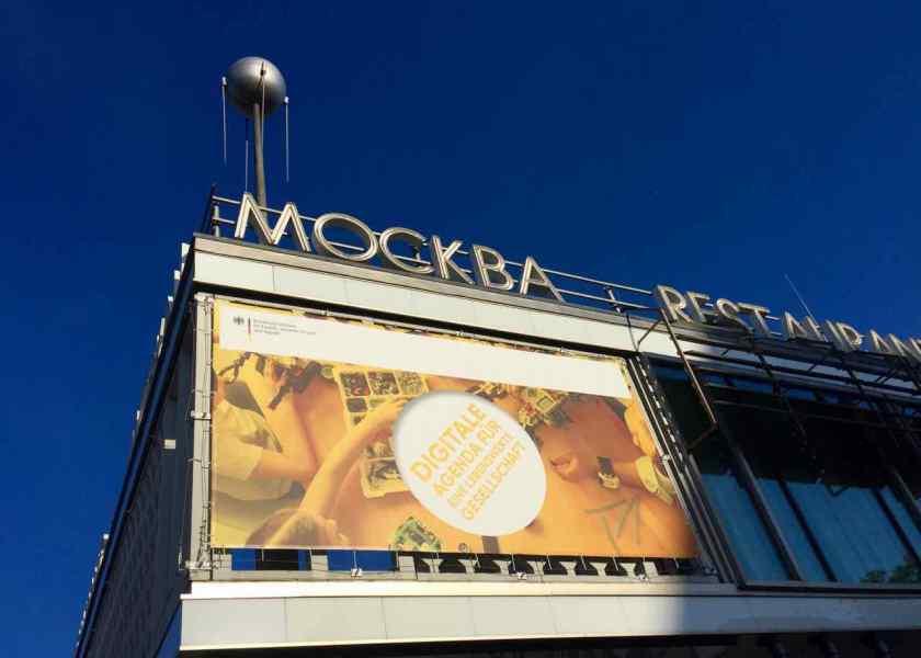 Digitale Agenda für eine lebenswerte Gesellschaft im Café Moskau