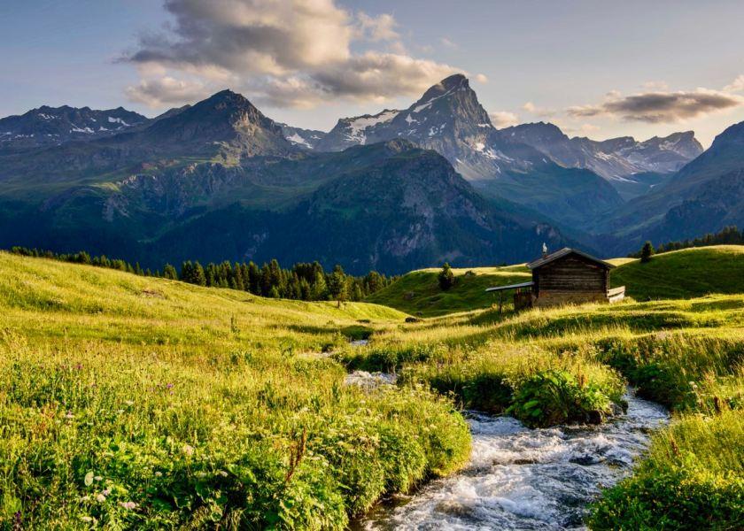 Schweiz mit Kindern: Ideen für den Familienurlaub in Graubünden, Alp Flix in Savognin, Foto: TSBA, Lorenz A. Fischer