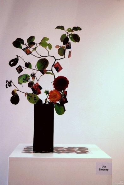 Foto-Erinnerungen an den Japan-Aufenthalt wie fallendes Laub im Herbst, gestaltet von Uta Siebeky