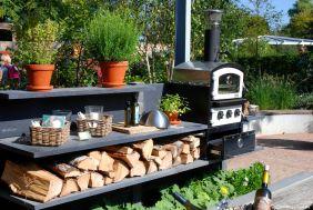 Ein Beispiel für eine Küche im Freien