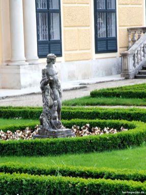 Statuen im Schönbrunner Garten