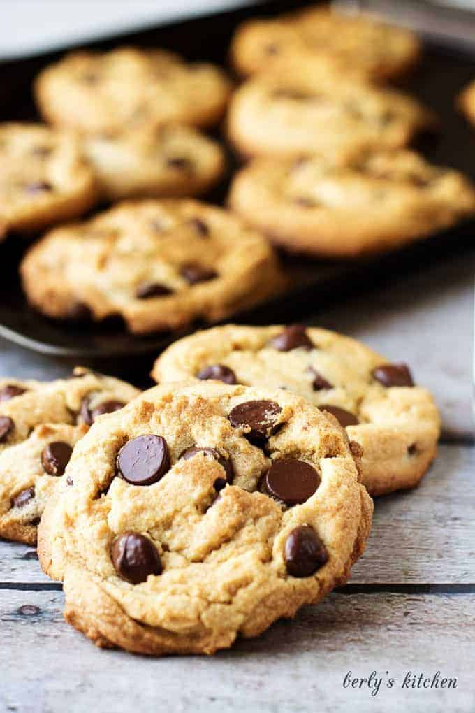 Chewy Peanut Butter Cookies with Dark Chocolate Chips are the best of both worlds. Smooth peanut butter and rich dark chocolate are sure to be a favorite.